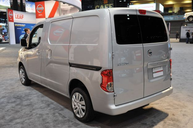 04 2013 nissan nv200 chicago