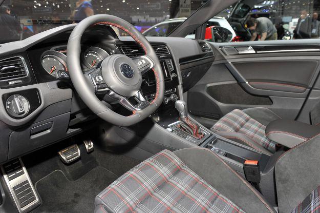 Volkswagen Golf GTI Salone di Ginevra 2013 Interni