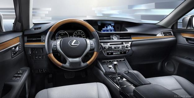 8big_lexuses201302