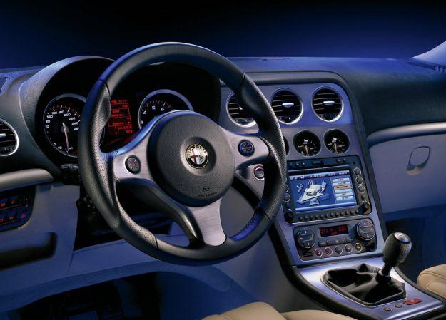 Alfa Romeo 159, volante