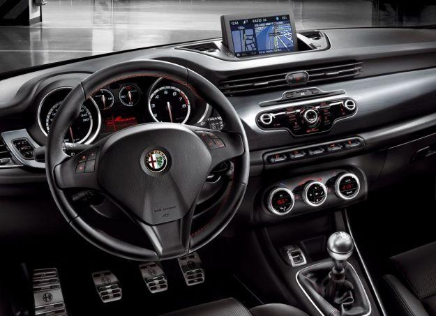 Alfa Romeo Giulietta Sportiva, interni