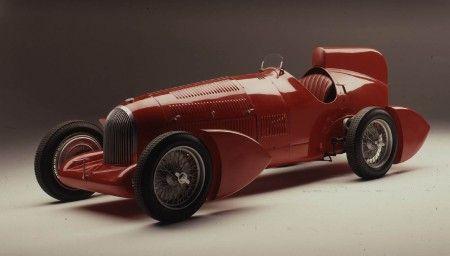 Alfa Romeo centenario mirafiori auto corsa colore
