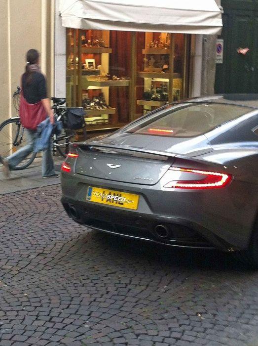 Aston Martin Vanquish, coda 2