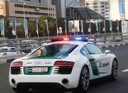 Audi R8 Polizia Dubai