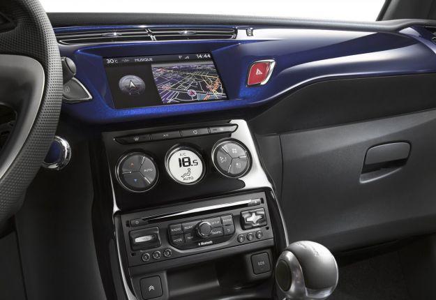 Citroen DS3 Cabrio strumentazione