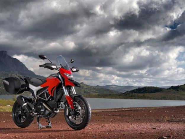 Ducati Hypermotard 2015