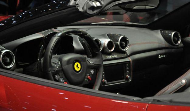Ferrari California Interni