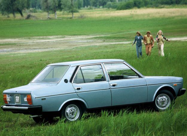Fiat 131 Mirafiori Special 1974 azzurra