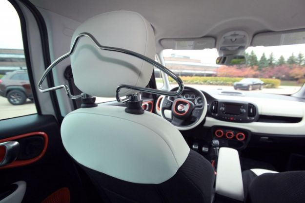 Fiat 500L Trekking Mopar Sema 2013, interni