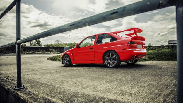 Ford Escort RS Cosworth alettone
