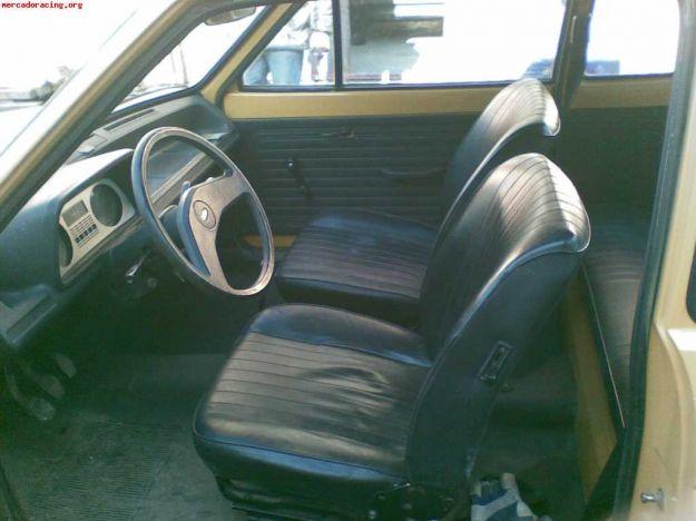 Ford Fiesta 1977 interni
