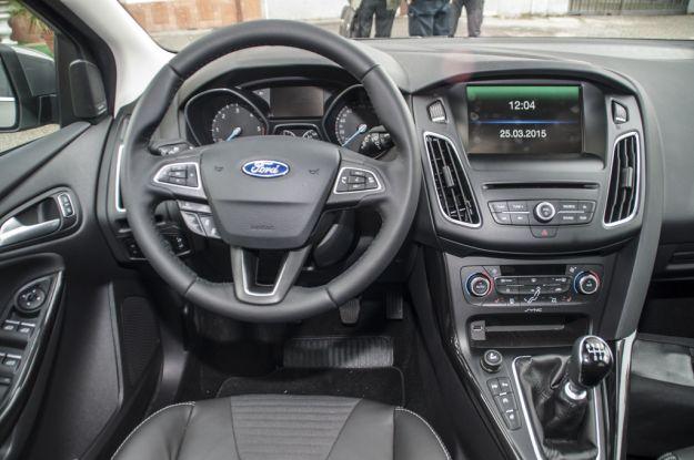 Ford Focus 2016 plancia