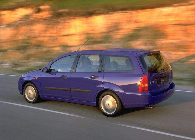 Ford Focus_Estate_1998_1600x1200_wallpaper_06