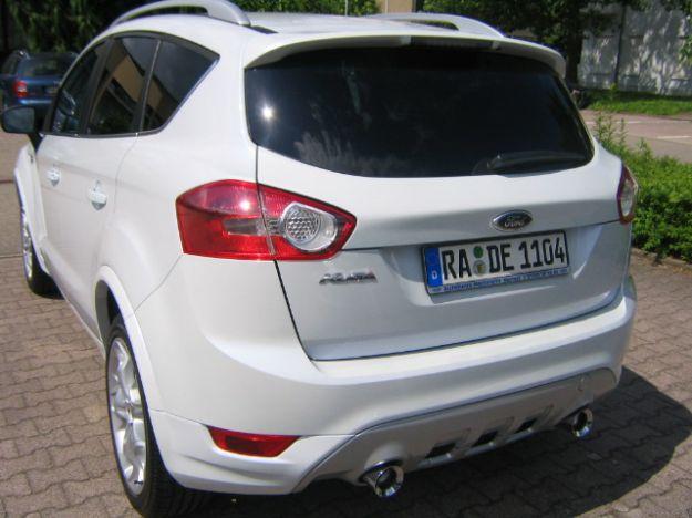 Ford Kuga lato posteriore