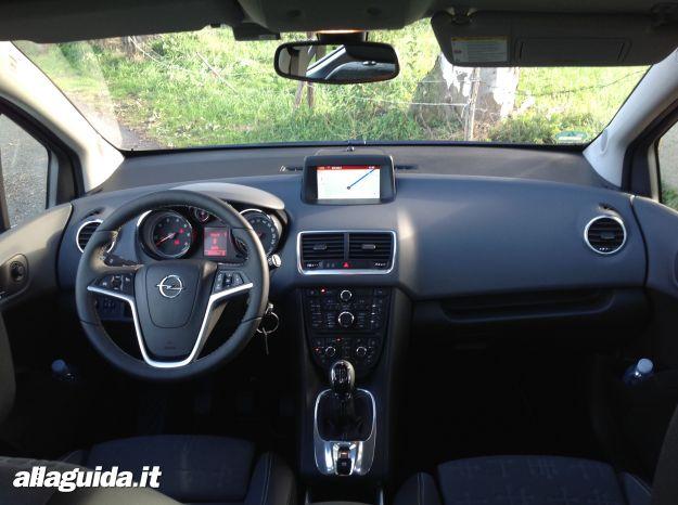 Interni nuova Opel Meriva 2014
