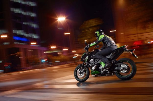 Kawasaki Z800 Night 1