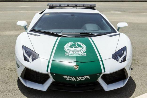 Lamborghini Aventador Polizia Dubai
