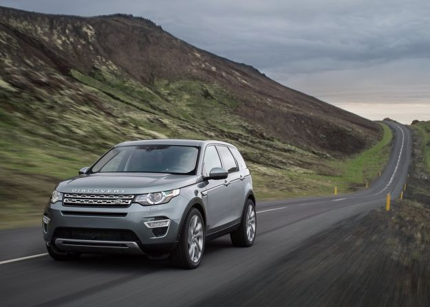 Land Rover Discovery Sport   02