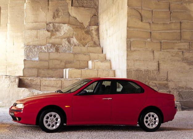 Laterale Alfa Romeo 156