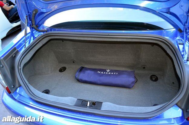 Maserati Granturismo Sport bagagliaio