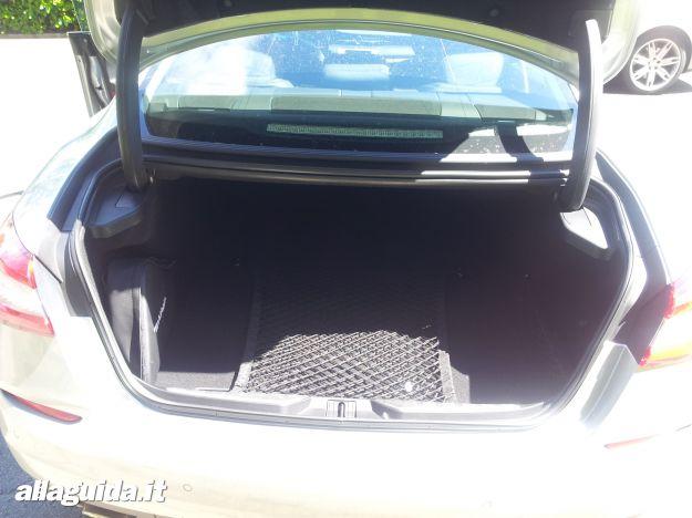 Maserati Quattroporte, bagagliaio
