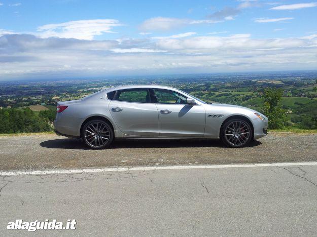 Maserati Quattroporte, dimensioni