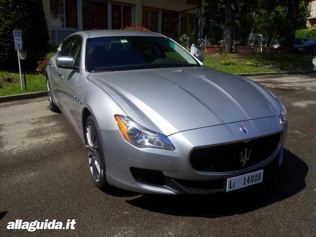 Maserati Quattroporte, prova su strada
