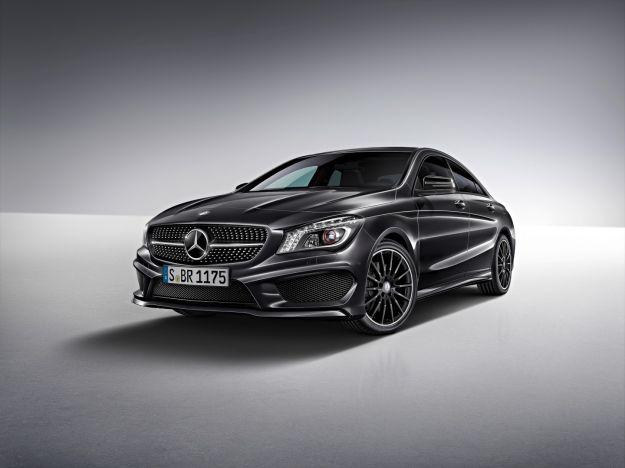 Mercedes Benz CLA 250 Edition 1 Kosmosschwarz 2013  /  Mercedes