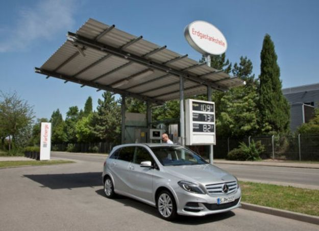 Mercedes Classe B metano distributore