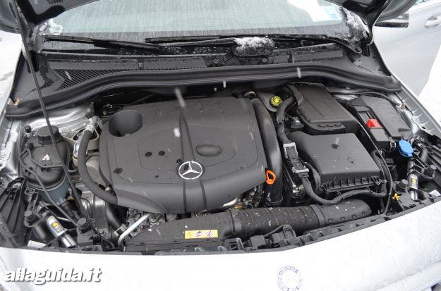 Mercedes Classe B, motori disponibili