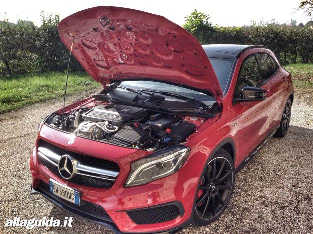 Mercedes GLA 45 AMG motore