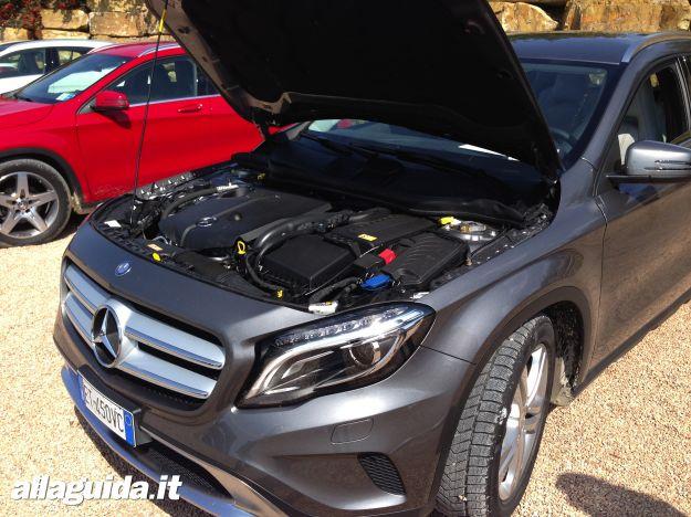 Mercedes GLA motore