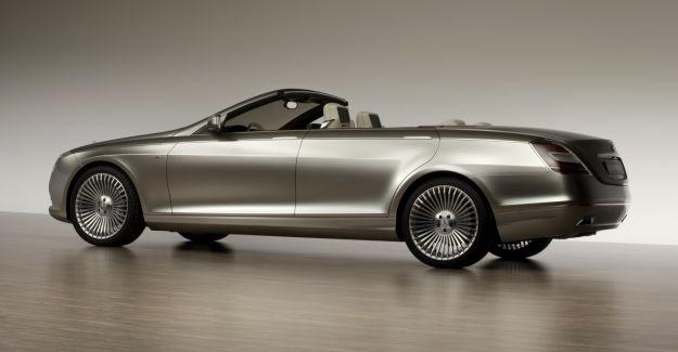 Mercedes Ocean Drive, fiancata