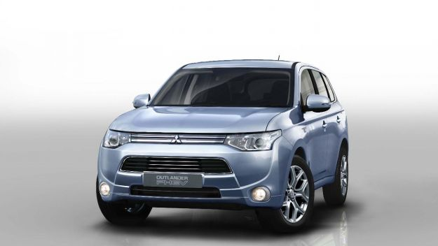 Mitsubishi Outlander PHEV, frontale