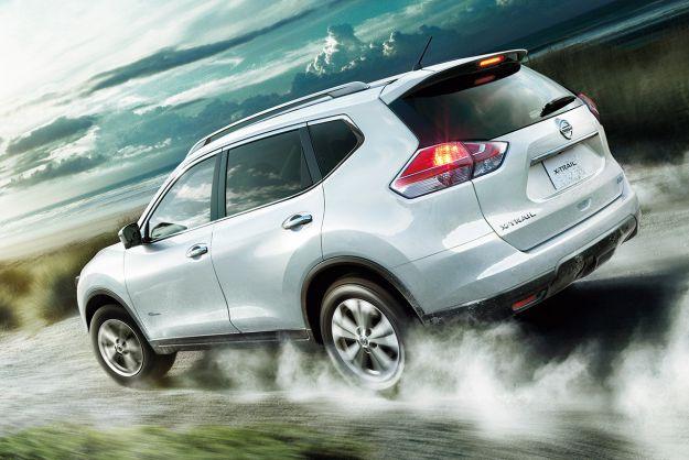 Nissan X Trail Hybrid 2015 prezzi