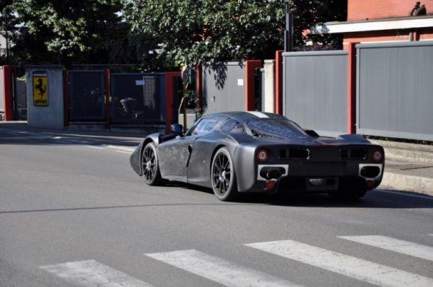 Nuova Ferrari Enzo 2013, foto spia Ferrari F70 (2)