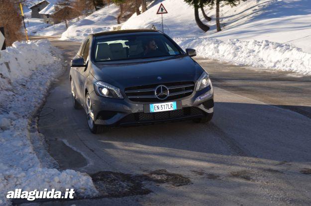 Nuova Mercedes Classe a, test drive sulla neve