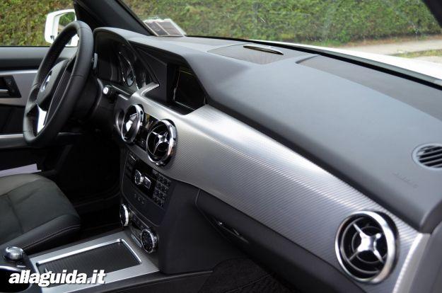 Nuova Mercedes GLK 2012 interni