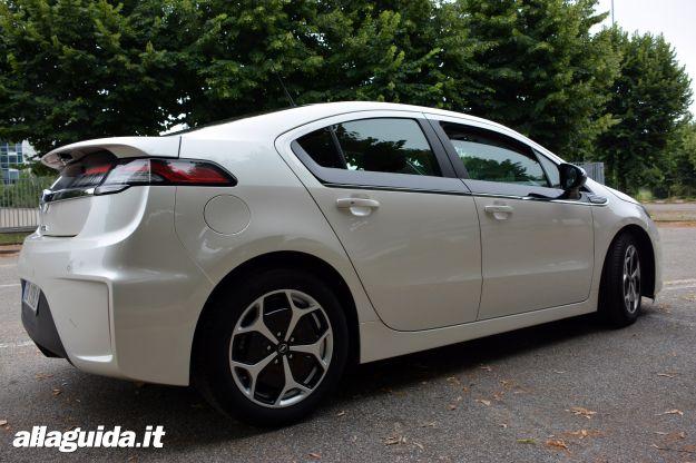 Opel Ampera, dimensioni