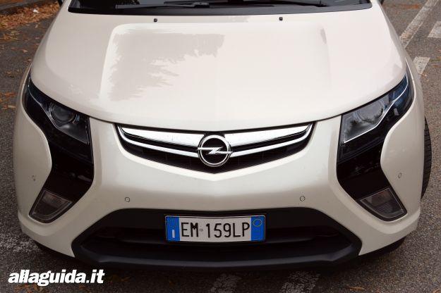 Opel Ampera, frontale