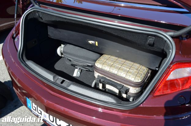 Opel Cascada, bagagliaio