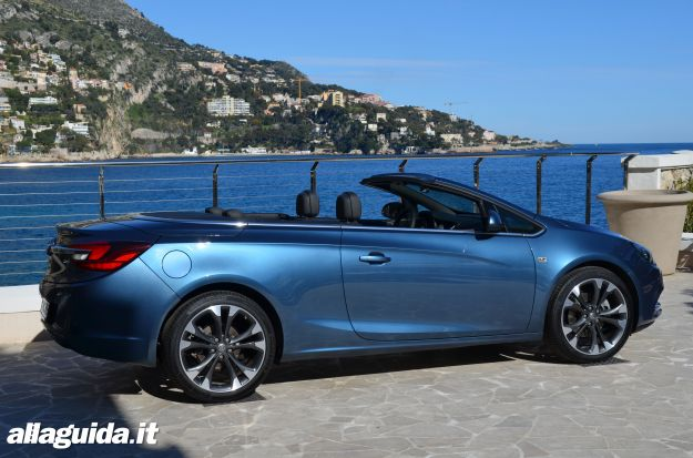 Opel Cascada, dimensioni