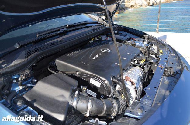 Opel Cascada, motori