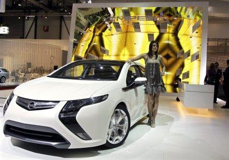 Opel ampera ginevra 2009