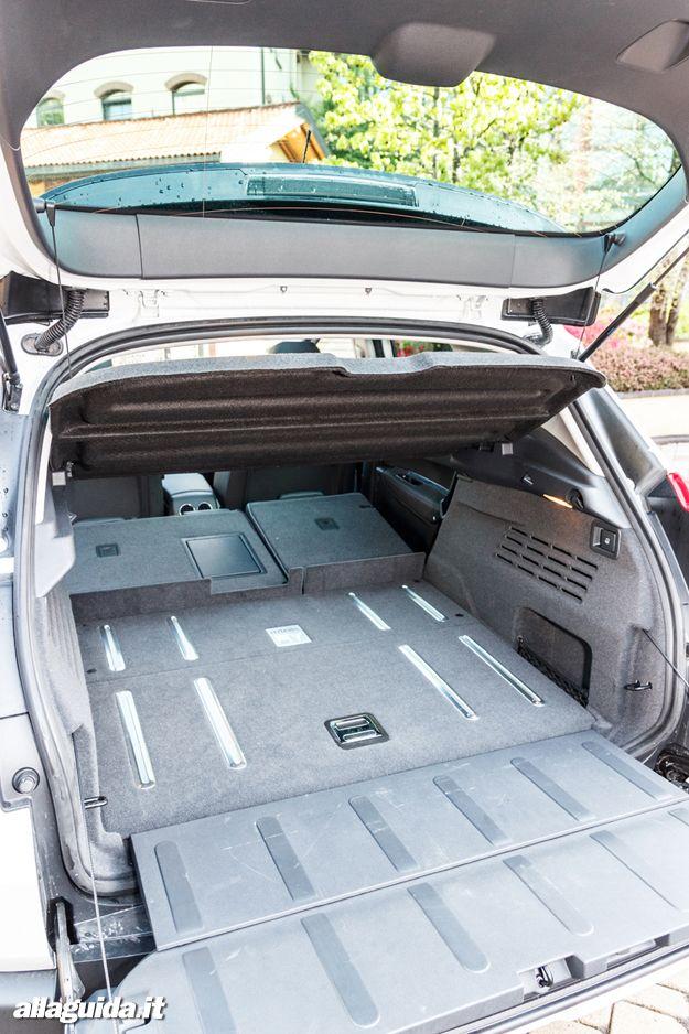 Peugeot 3008 HYbrid4 capacità carico
