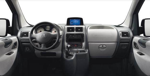 Peugeot Expert Tepee 2012 dentro