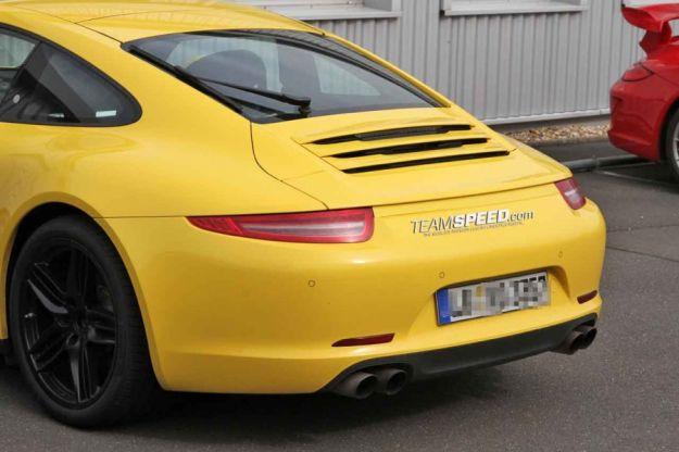 Porsche 911 Carrera 4S, coda 2