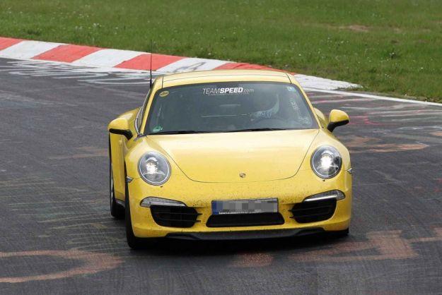 Porsche 911 Carrera 4S, frontale