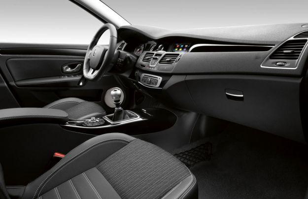 Renault Laguna Sportour interni