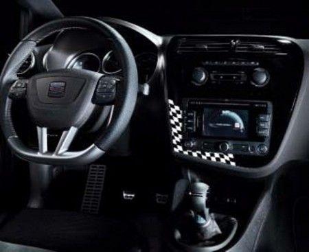 SEAT Leon Cupra R310 White Edition (4)